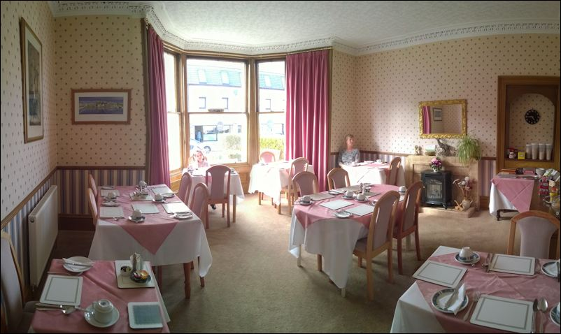 Breakfast room at Parkhill guest house Inverness